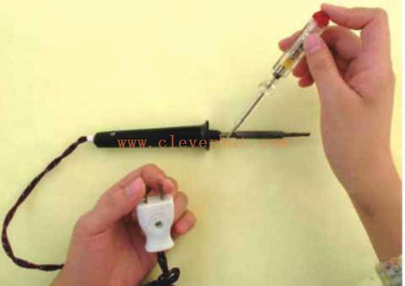 检测电烙铁外壳是否漏电